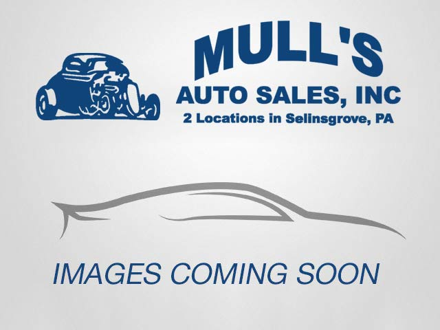 2010 Volkswagen Routan SE for sale at Mull's Auto Sales